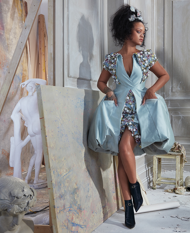Harpers-Bazaar-Rihanna-7